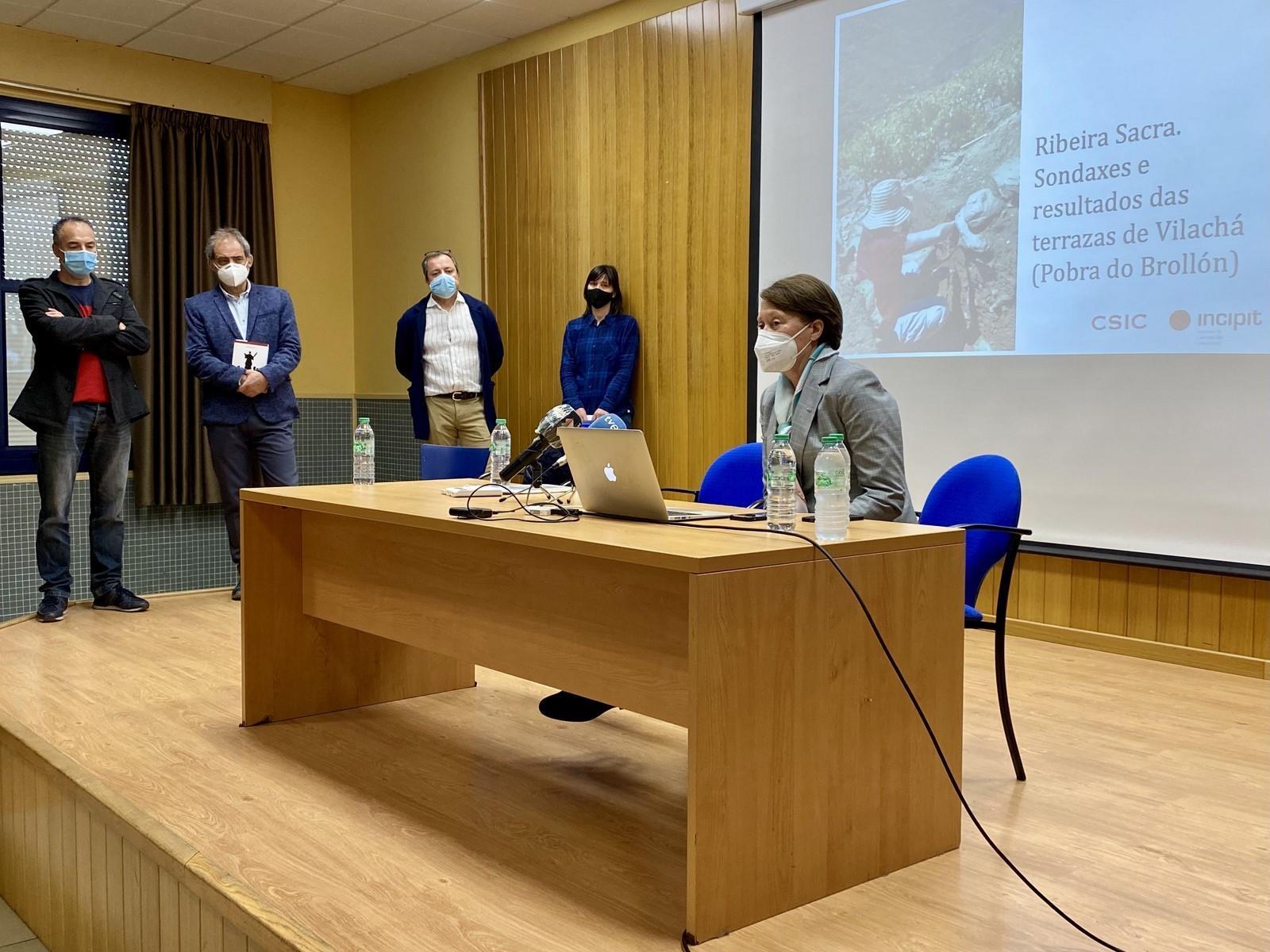 Imaxe de: Un estudo da Xunta e o CSIC sitúa a orixe das terrazas da Ribeira Sacra no século X e reforza a súa singularidade mundial
